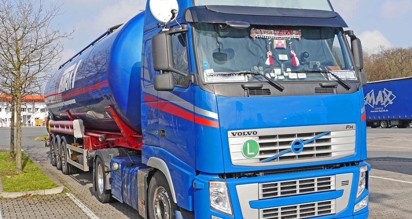 Asegurar la mercancía en el transporte por carretera