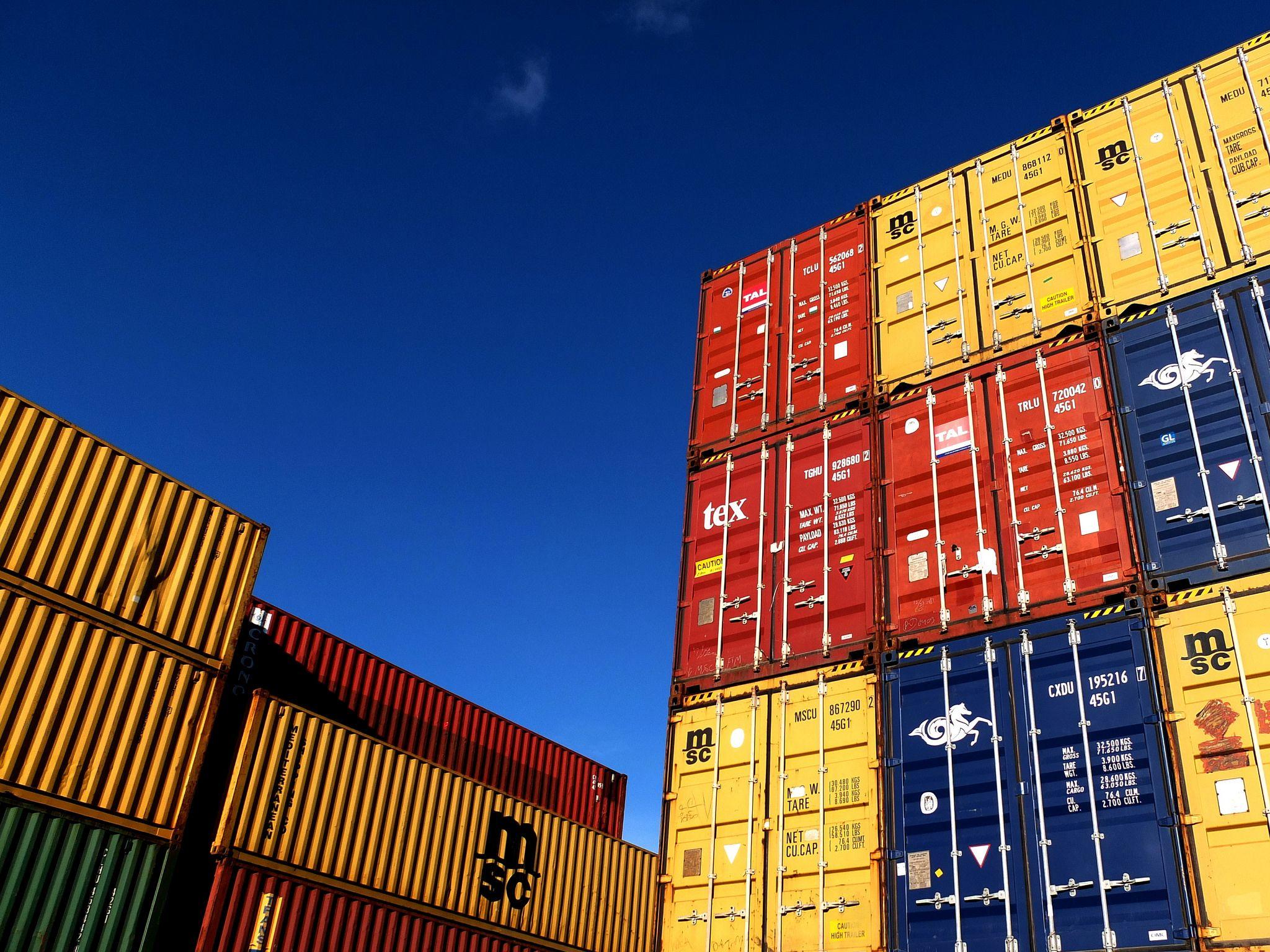 Los contenedores mar timos en el transporte de mercanc as - Contenedores de barco ...