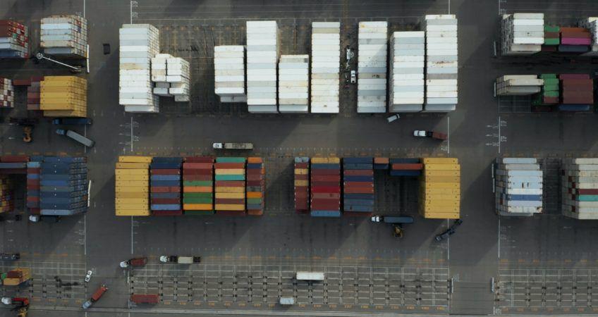 Demoras y ocupaciones en el transporte marítimo
